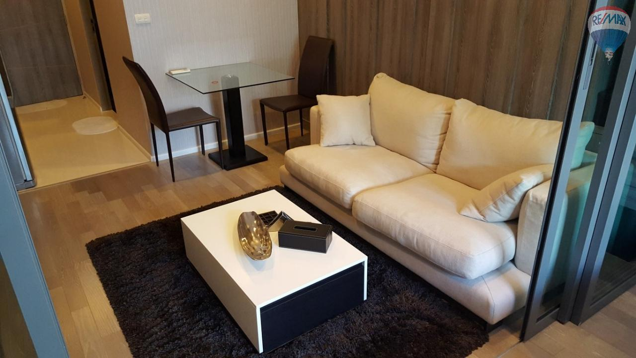 RE/MAX Properties Agency's Trapezo Sukhumvit 16 1 Bedroom for Sale 4