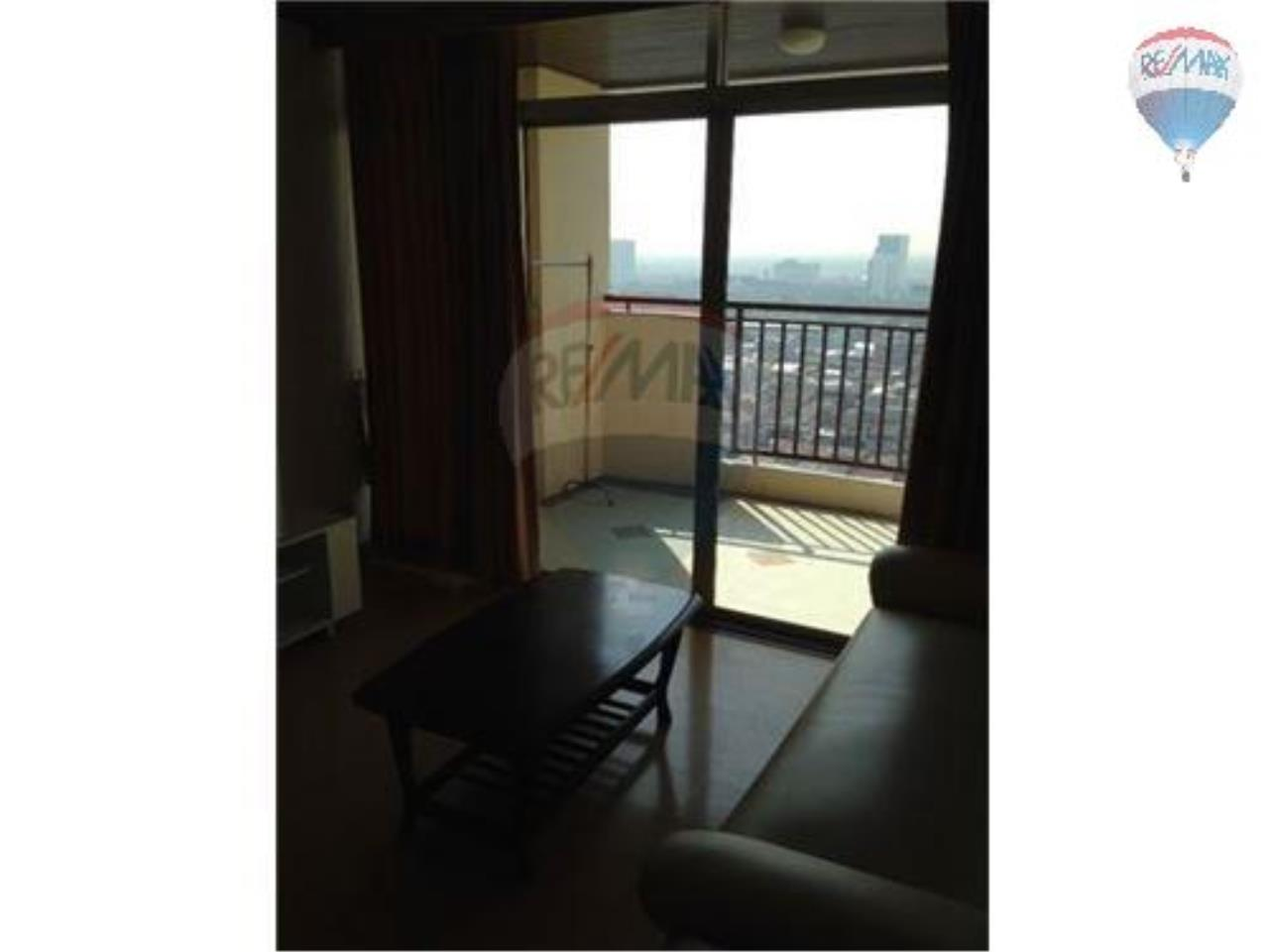 RE/MAX Properties Agency's 1 Bedroom Apartment - Monterey in Sukhumvit 16 9