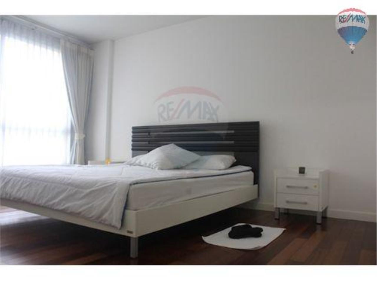 RE/MAX Properties Agency's 2 Bedroom Apartment- Sukhumvit Soi 49 13