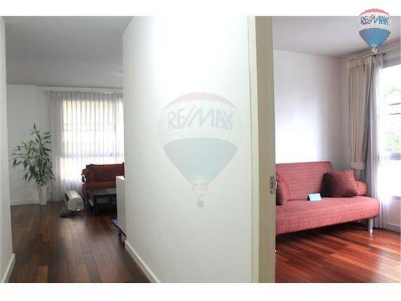 RE/MAX Properties Agency's 2 Bedroom Apartment- Sukhumvit Soi 49 7