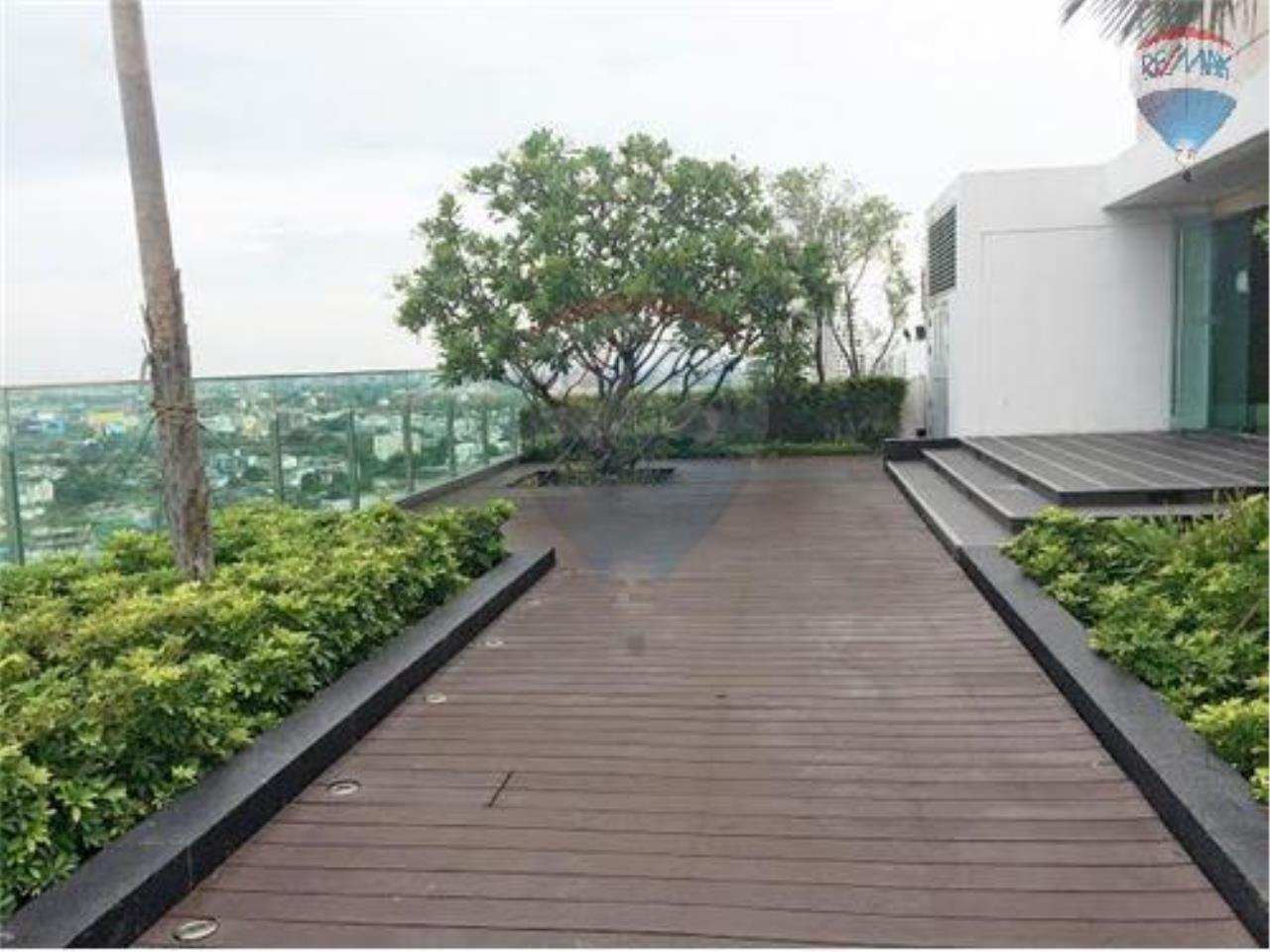 RE/MAX Properties Agency's 1 Bedroom Apartment - The life Sukhumvit 65  9