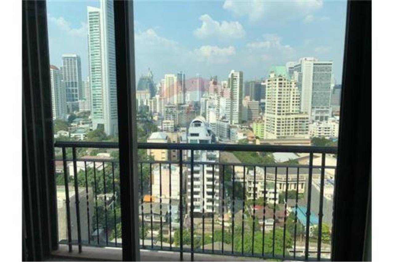 RE/MAX Properties Agency's SALE Aguston Sukhumvit 22 1BED 53SQM. 2
