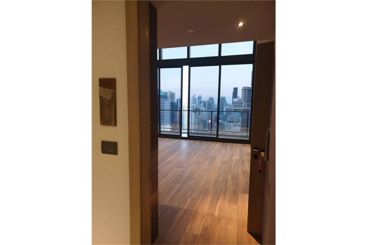 RE/MAX Properties Agency's SALE The Lofts Asoke 1BED 78.04SQM. 9