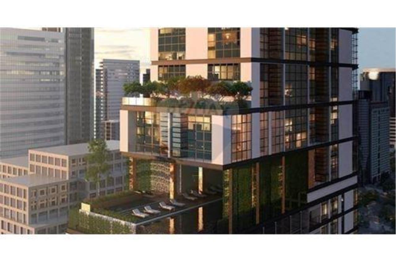 RE/MAX Properties Agency's SALE The Lofts Asoke 1BED 78.04SQM. 11