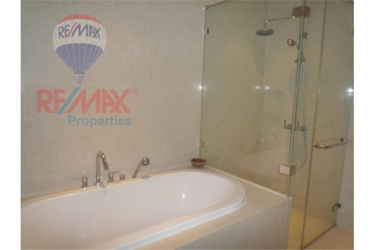 RE/MAX Properties Agency's FOR RENT The Emporio Place 1BED 83SQM 4