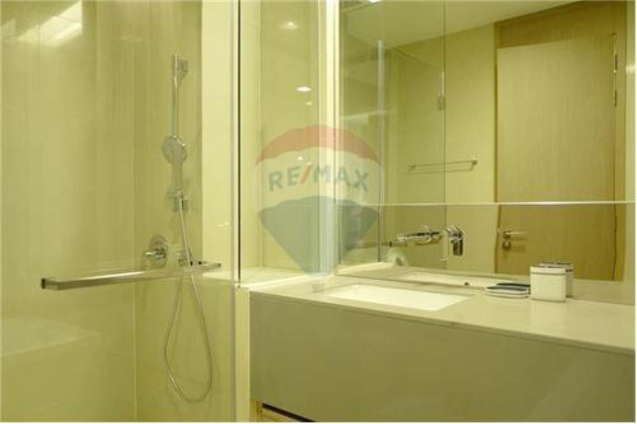 RE/MAX Properties Agency's 1 bed nice decoration for rent 50K on high floor. 11
