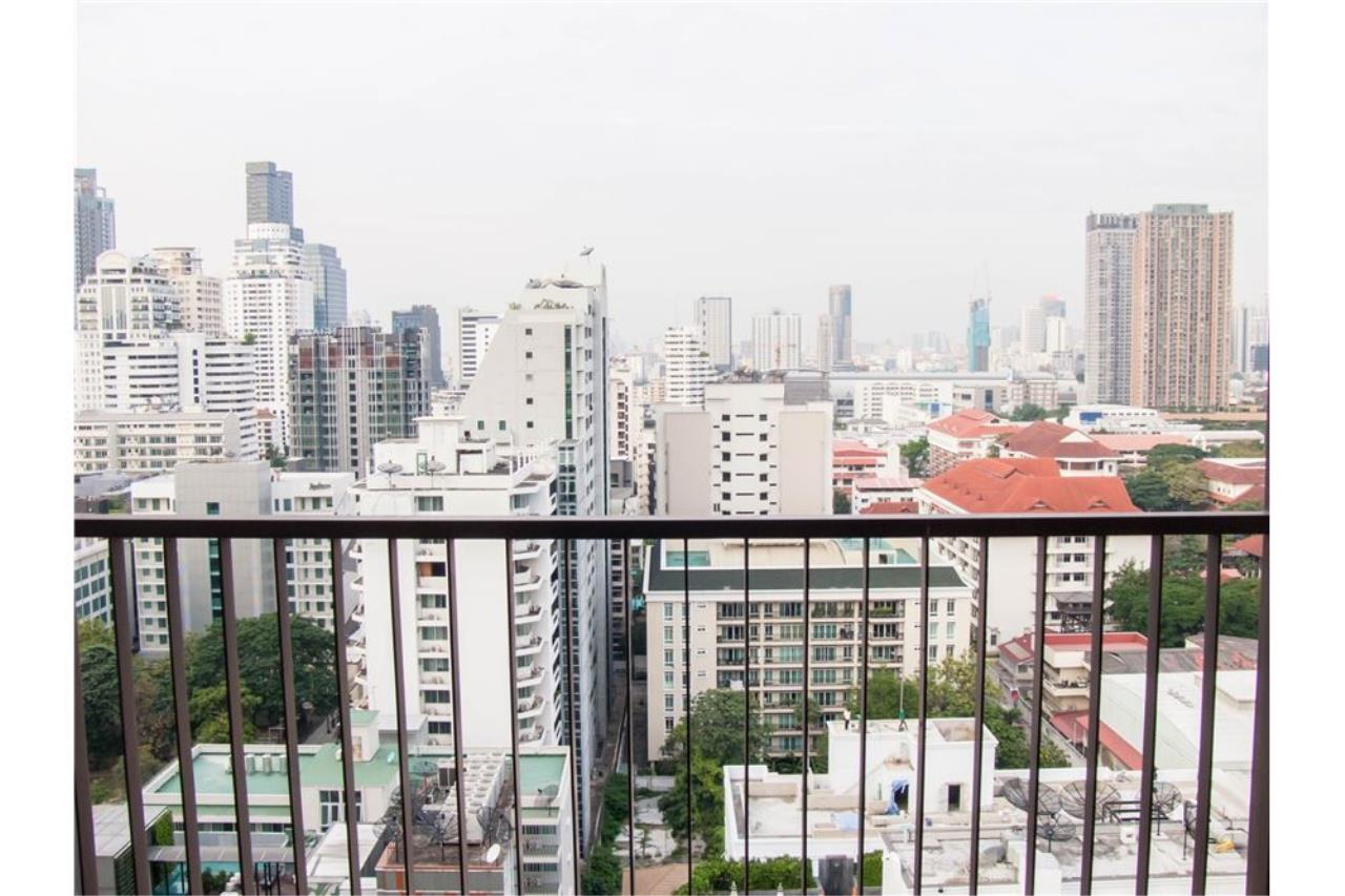 RE/MAX Properties Agency's For Sale 15 Sukhumvit Residences: 3 bed, 2 bath 16
