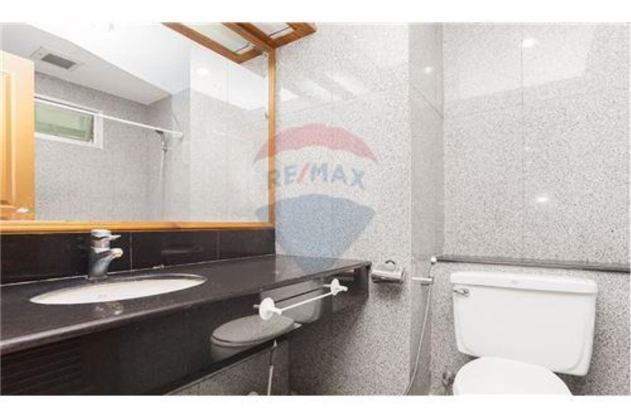 RE/MAX Properties Agency's FOR RENT   GRAND Grand LANGSUAN 17