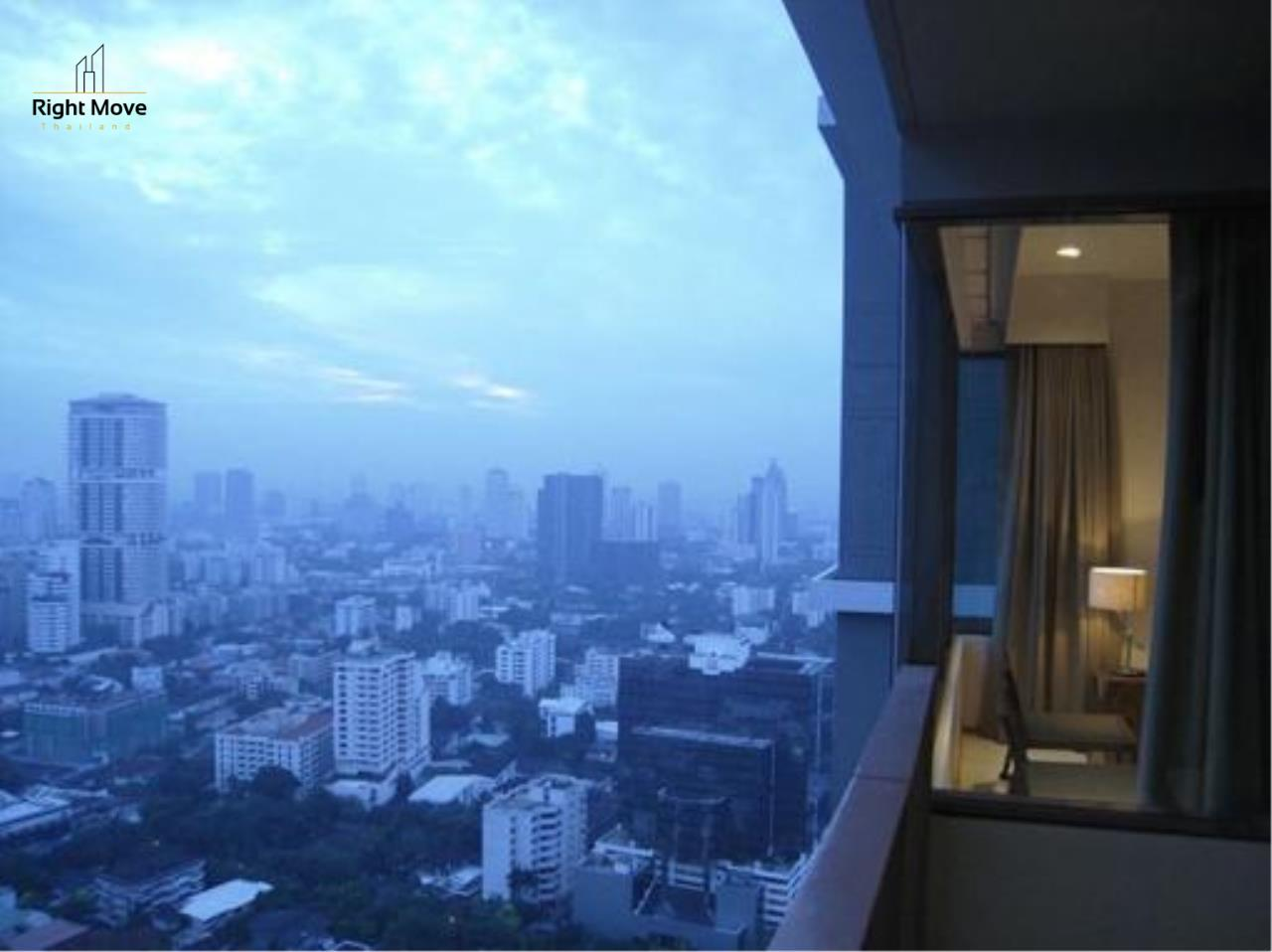 Right Move Thailand Agency's CA1144 The Emporio Place For Rent 75,000 THB 2 Bedrooms 105 Sqm 5