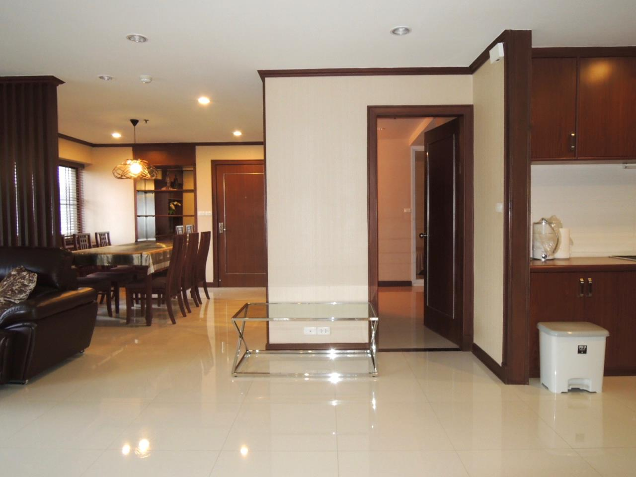 Right Move Thailand Agency's CA1593 Baan Suanpetch For Rent & Sale 70,000 THB 3 Bedrooms 129 Sqm 10
