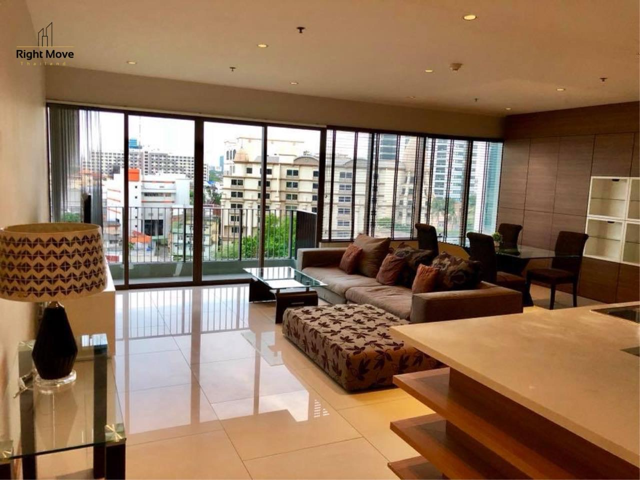 Right Move Thailand Agency's CA2384 The Emporio Place For Rent 95,000 THB 3 Bedrooms 4 Bathrooms 161 sqm 2