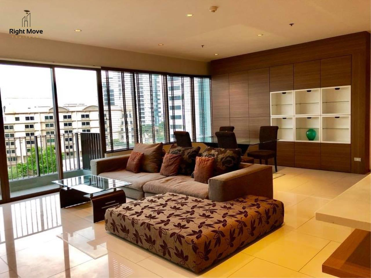 Right Move Thailand Agency's CA2384 The Emporio Place For Rent 95,000 THB 3 Bedrooms 4 Bathrooms 161 sqm 3