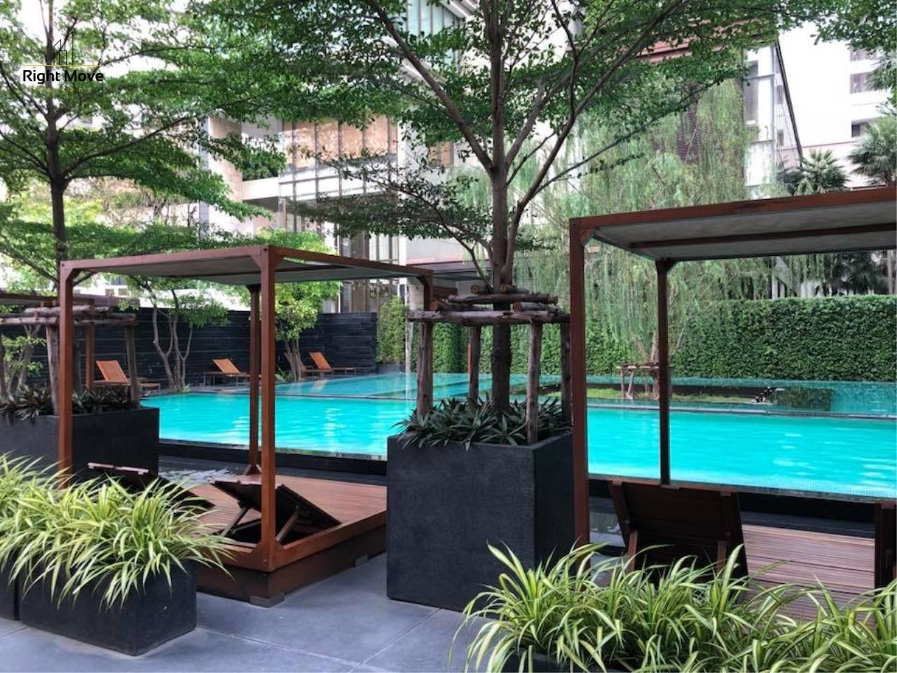 Right Move Thailand Agency's CA2384 The Emporio Place For Rent 95,000 THB 3 Bedrooms 4 Bathrooms 161 sqm 19