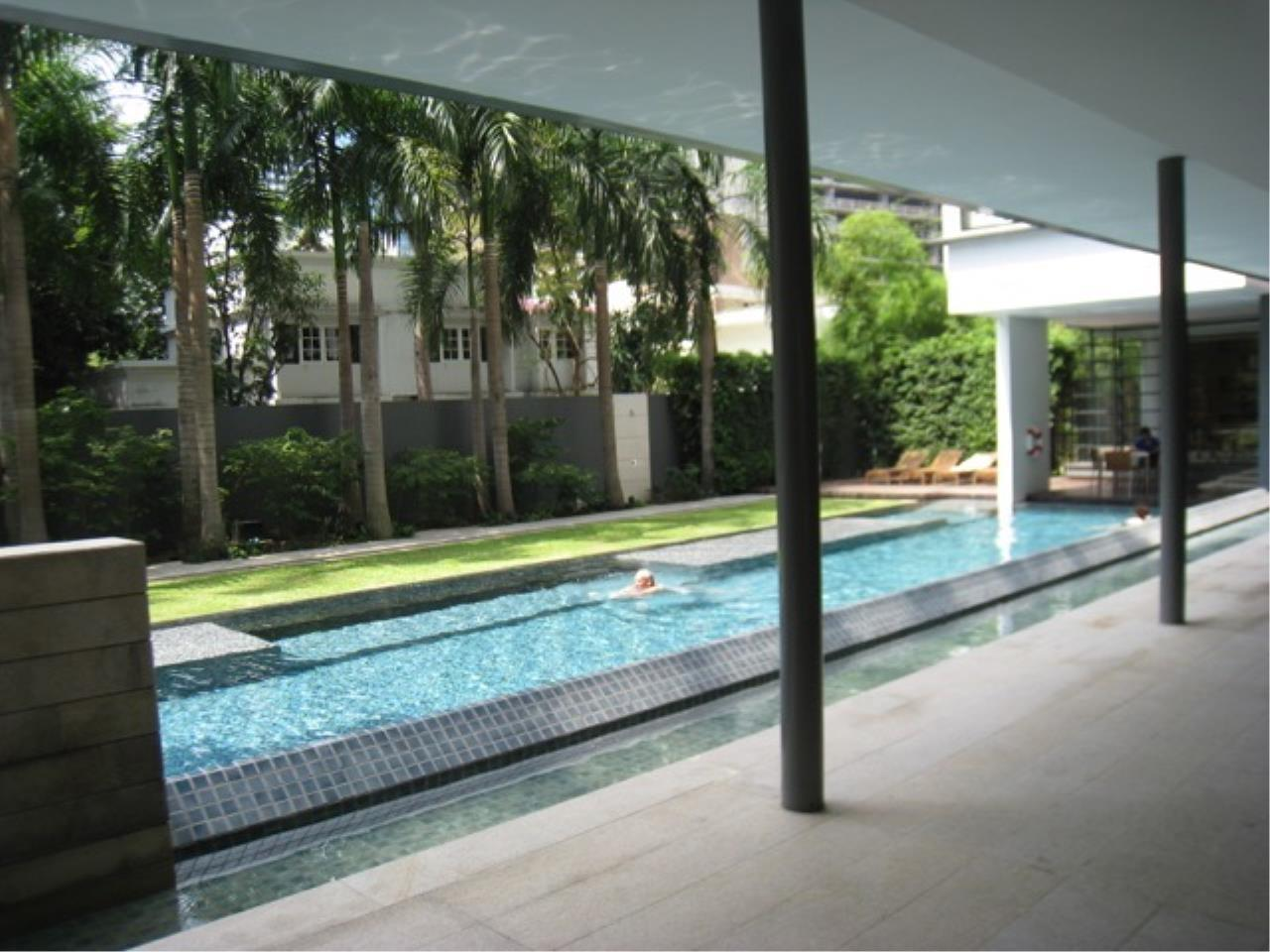Right Move Thailand Agency's CA289 For Rent Domus Condo 95,000 THB 2+1 Bedrooms 167 Sqm 7