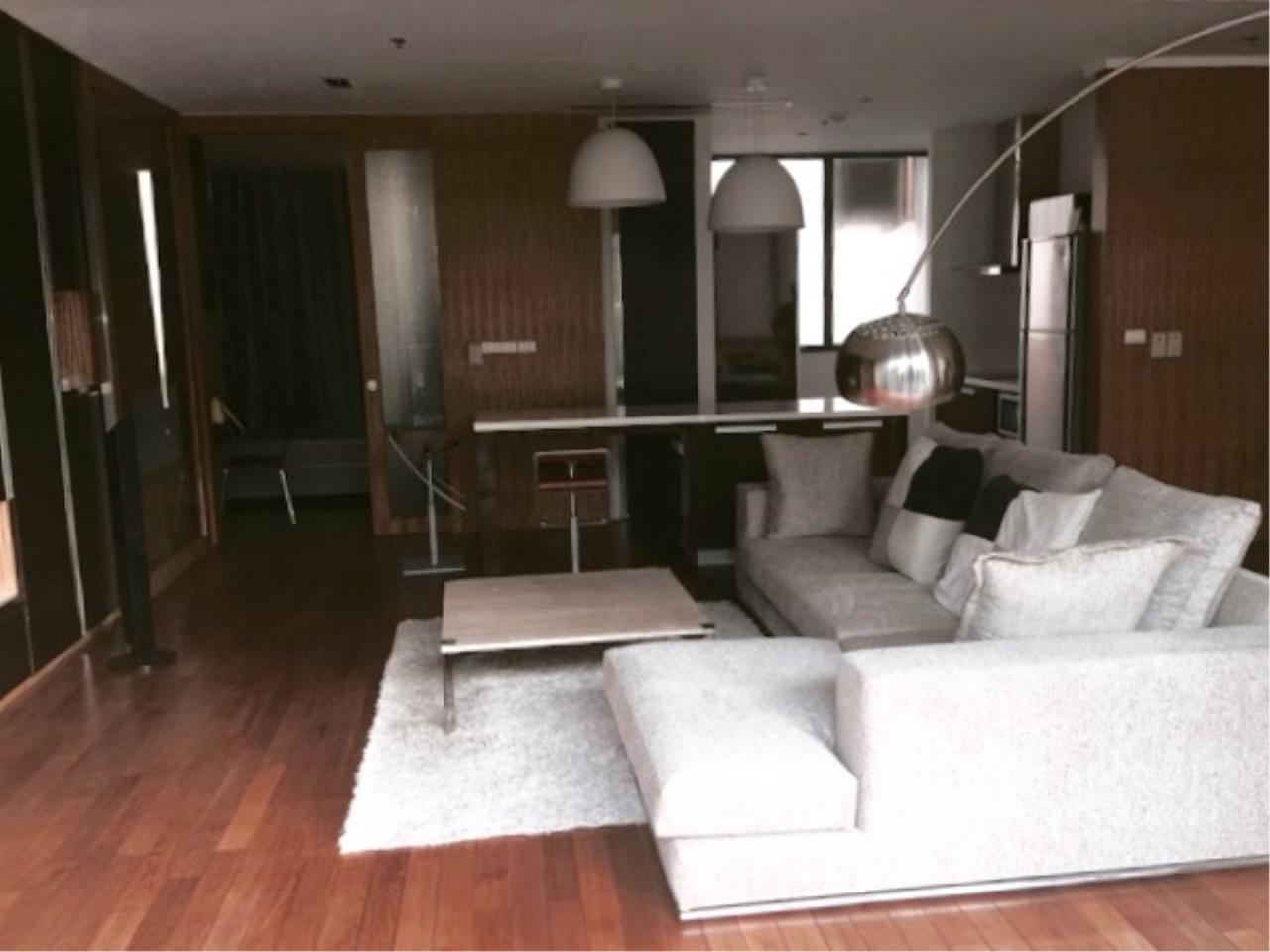 Right Move Thailand Agency's CA289 For Rent Domus Condo 95,000 THB 2+1 Bedrooms 167 Sqm 3
