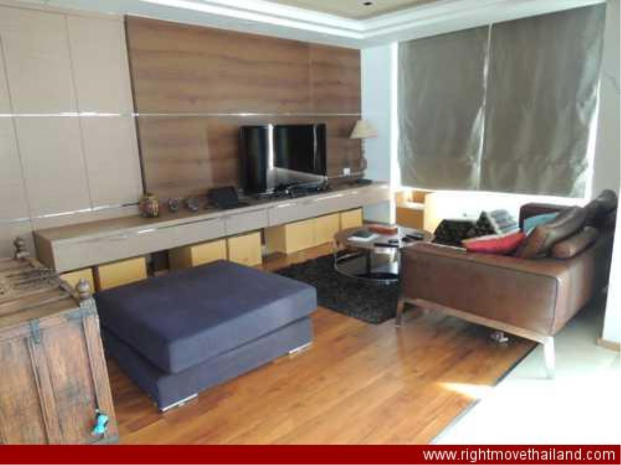 Right Move Thailand Agency's CA3212 The Empire Place For Rent 90,000 THB 2 Bedrooms 156.86 Sqm 4