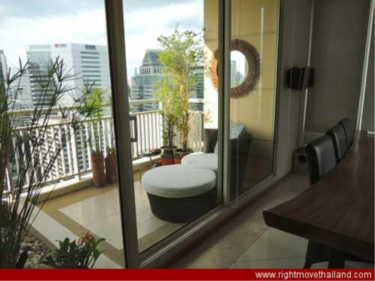 Right Move Thailand Agency's CA3212 The Empire Place For Rent 95,000 THB 2 Bedrooms 156.86 Sqm 7