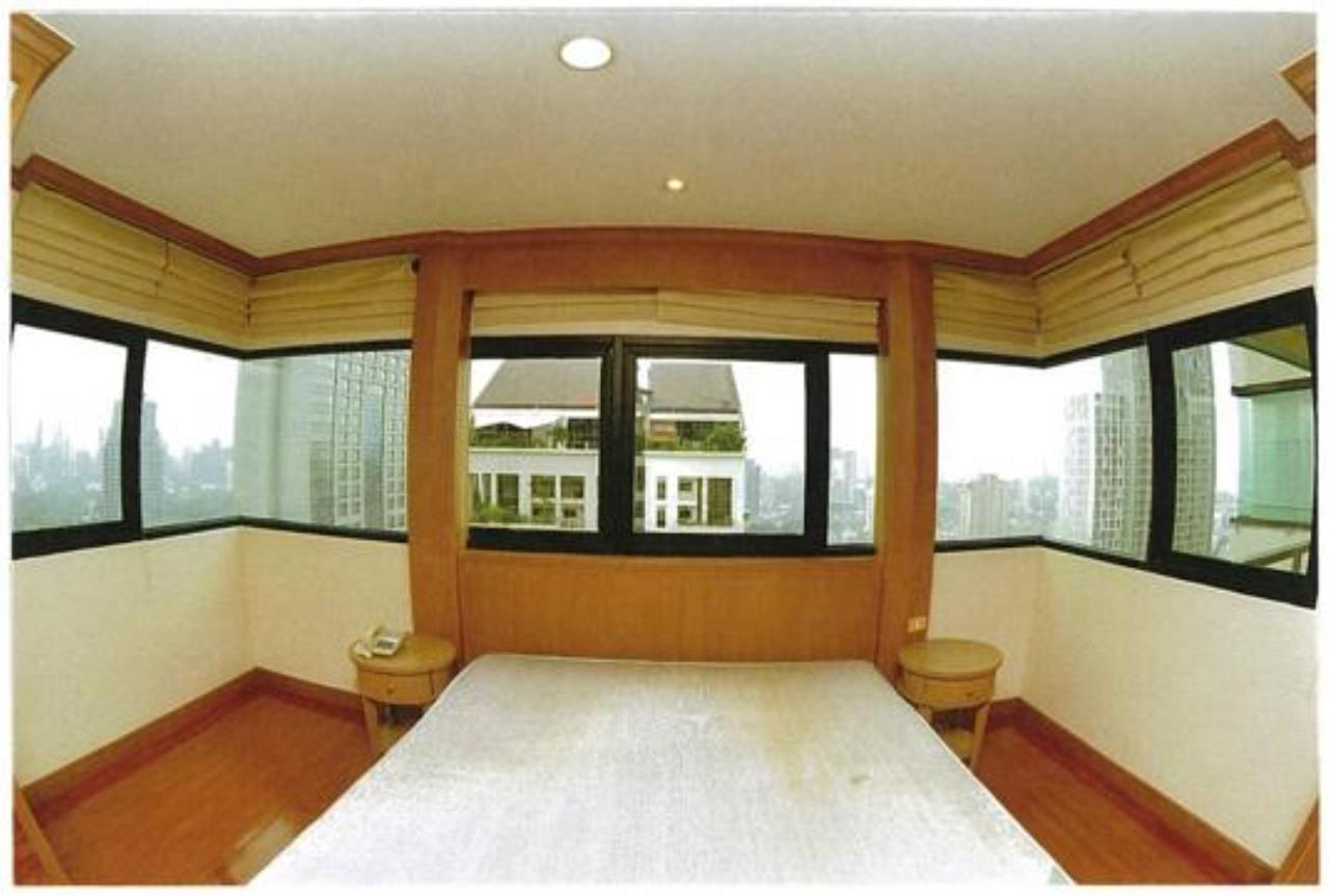 Right Move Thailand Agency's CA3539 Sathorn Garden Condo for rent 120,000 THB 3 bedrooms 210 sqm 2