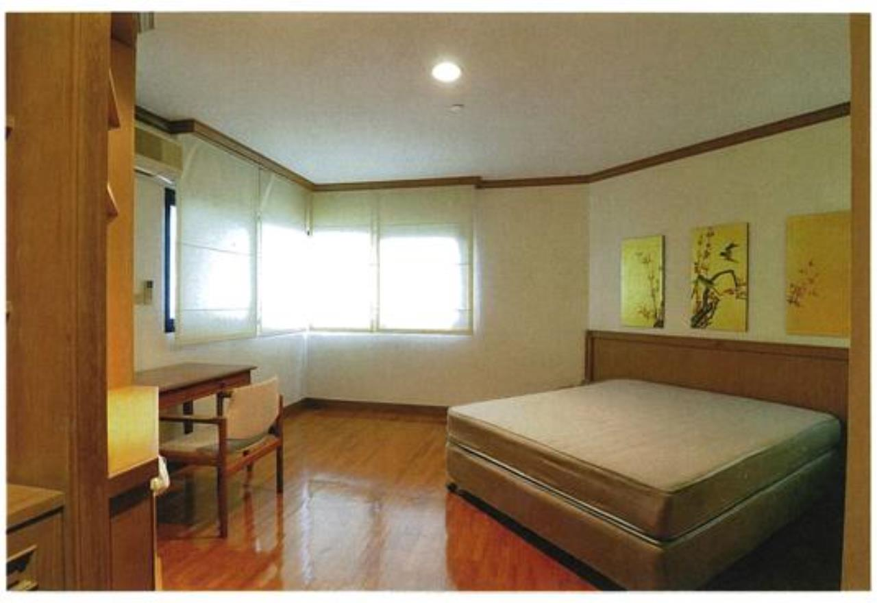 Right Move Thailand Agency's CA3539 Sathorn Garden Condo for rent 120,000 THB 3 bedrooms 210 sqm 6