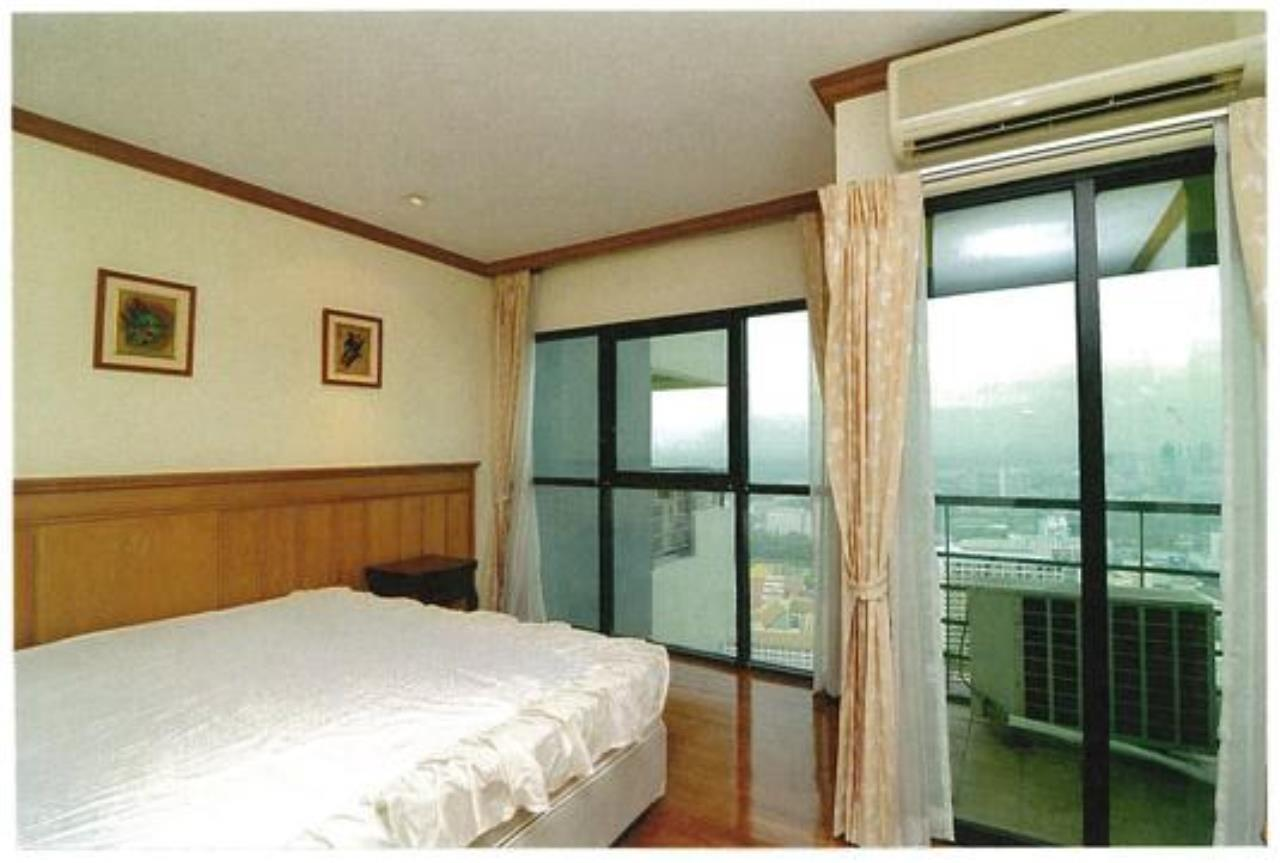 Right Move Thailand Agency's CA3539 Sathorn Garden Condo for rent 120,000 THB 3 bedrooms 210 sqm 10