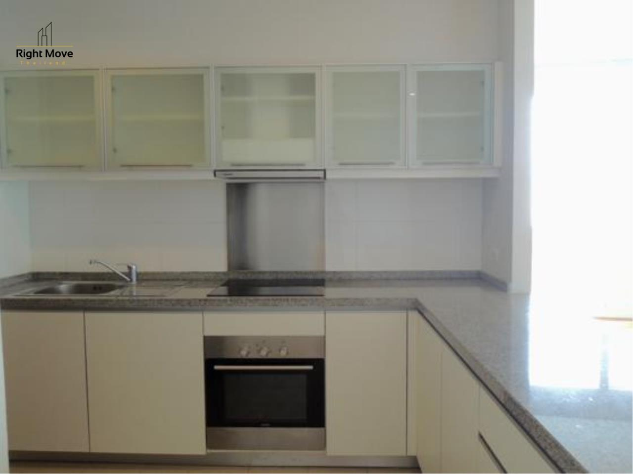 Right Move Thailand Agency's CA4023 Millennium Residence For Rent 120,000 THB -  3 Bedrooms - 193.5 Sqm 14