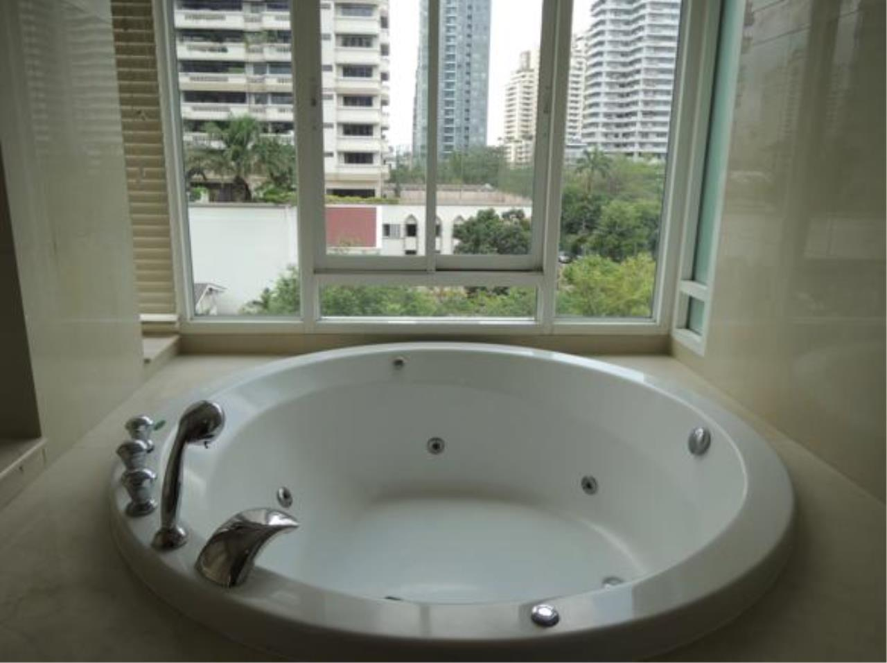 Right Move Thailand Agency's CA4064 The Bangkok Sukhumvit 43 for rent 65,000 THB - 2 Bedroom - 115 sqm. 13