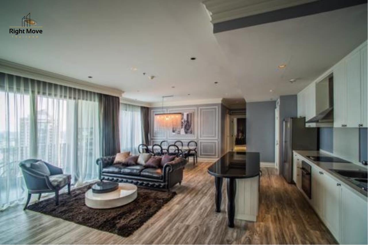 Right Move Thailand Agency's CA4282 The Emporio Place For Sale 45,000,000 THB THB 3 Bedrooms 170 Sqm   3