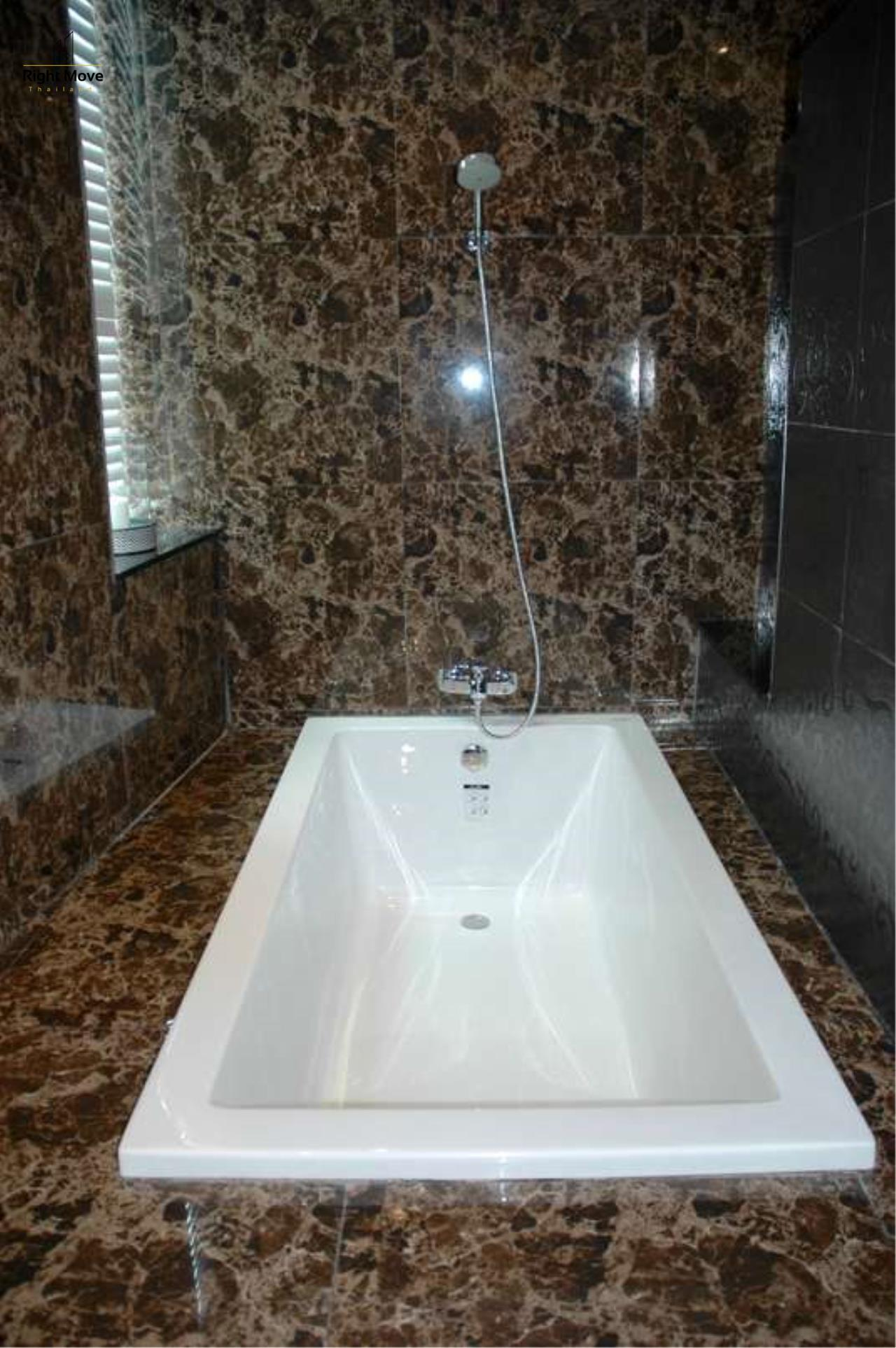 Right Move Thailand Agency's CA4297 Penthouse Duplex Millennium Residence For Rent - 250,000 THB - 316.85 Sqm 20