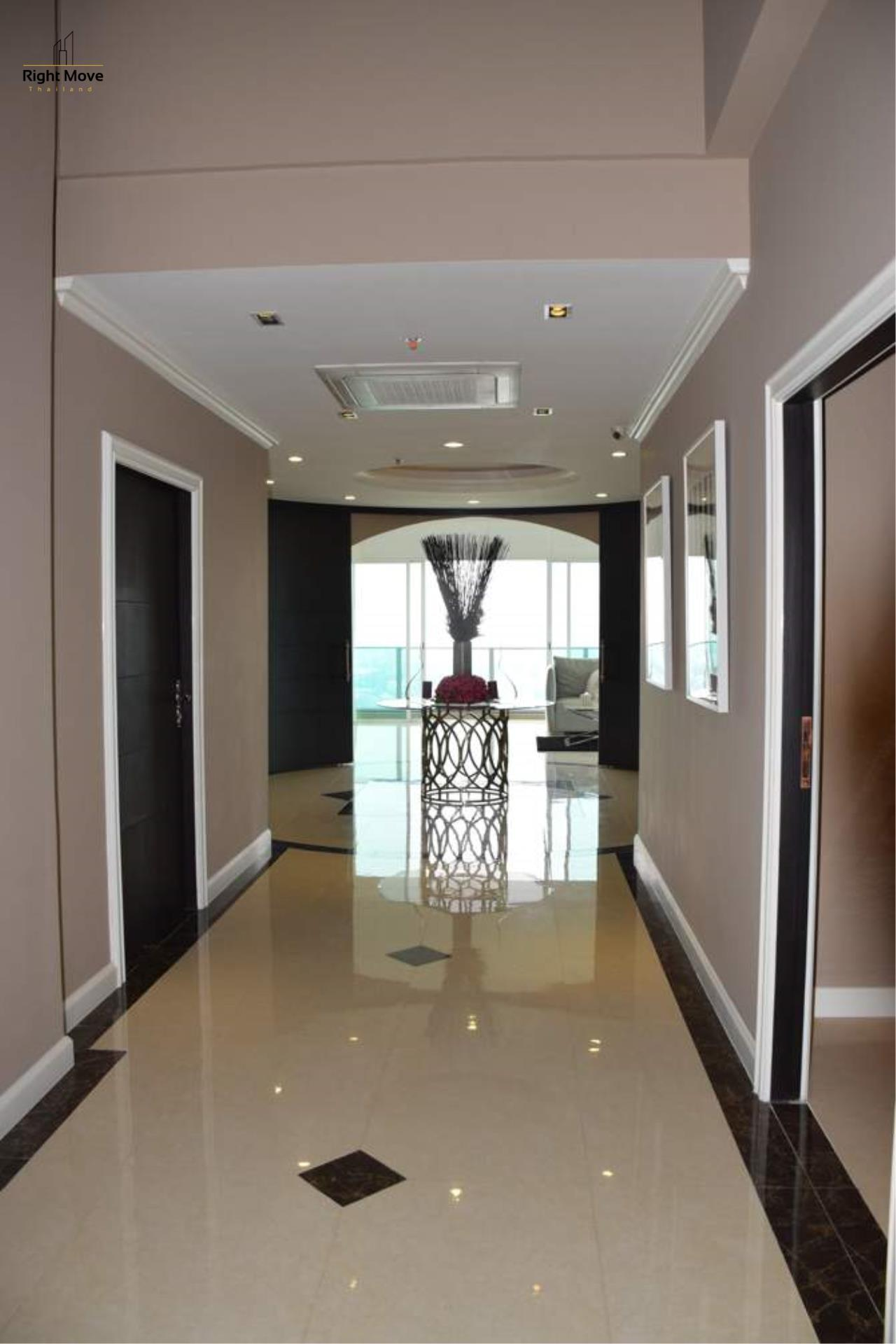 Right Move Thailand Agency's CA4297 Penthouse Duplex Millennium Residence For Rent - 250,000 THB - 316.85 Sqm 1