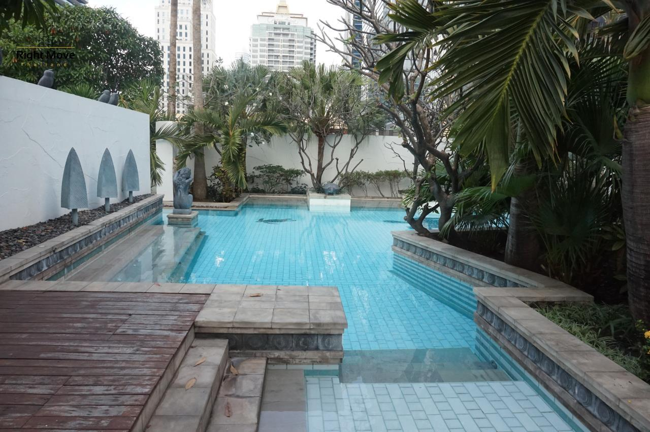 Right Move Thailand Agency's CA4827 For Rent Athenee Residence 3+1 Bedrooms For Rent 180,000 THB 220 Sqm 22