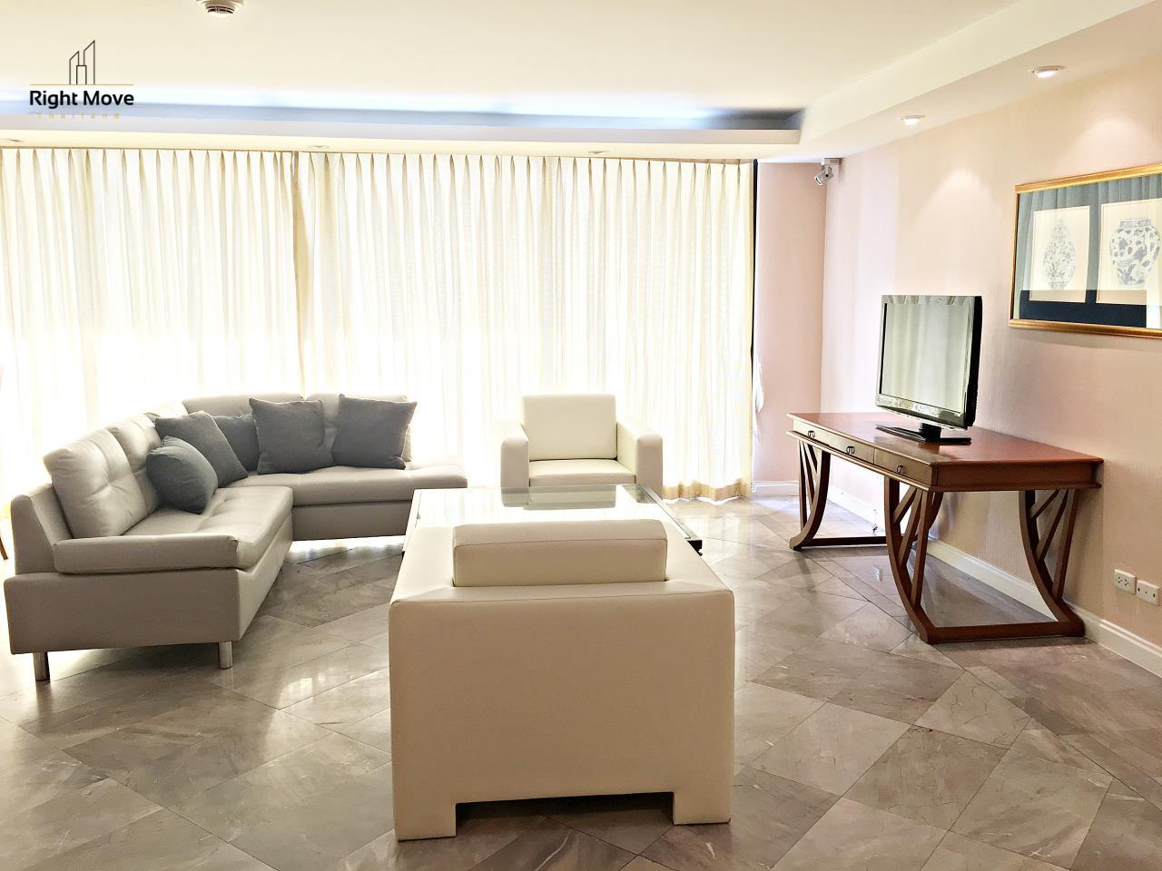 Right Move Thailand Agency's CA5243 Somkid Gardens For Rent 120,000 THB 4 Bedrooms 250 Sqm 2