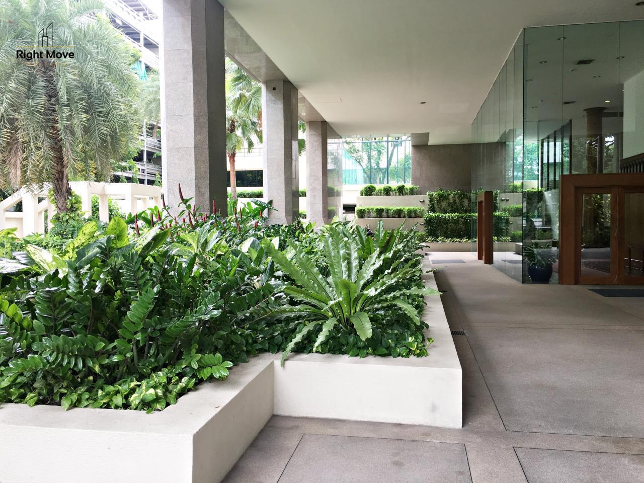 Right Move Thailand Agency's CA5243 Somkid Gardens For Rent 120,000 THB 4 Bedrooms 250 Sqm 23