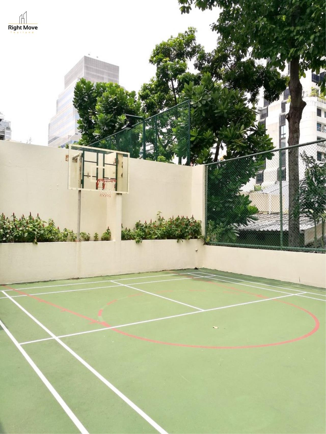 Right Move Thailand Agency's CA5243 Somkid Gardens For Rent 120,000 THB 4 Bedrooms 250 Sqm 26