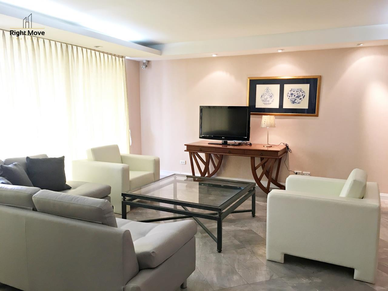 Right Move Thailand Agency's CA5243 Somkid Gardens For Rent 120,000 THB 4 Bedrooms 250 Sqm 3