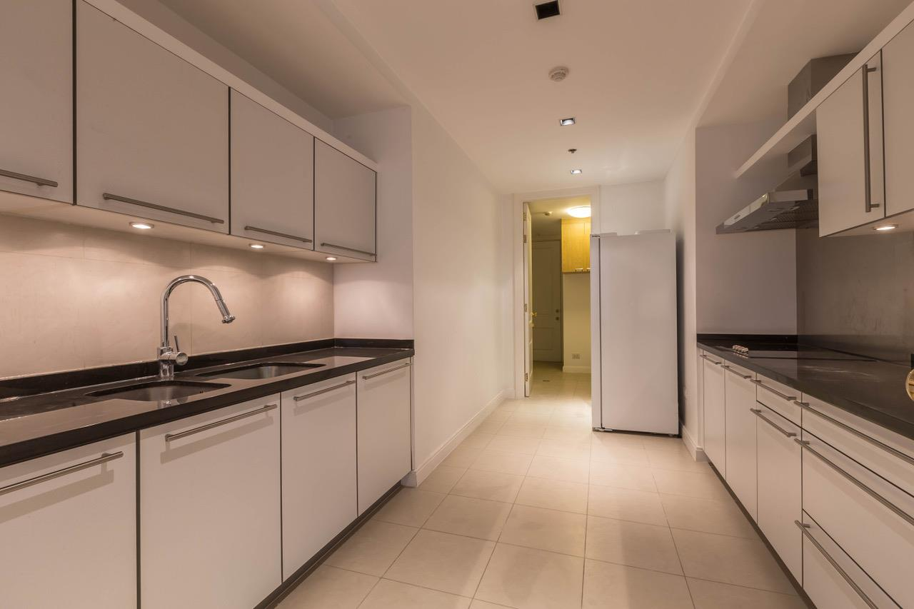 Right Move Thailand Agency's CA5266 For Rent Athenee Residence 125,000 THB 3+1 Bedrooms 178 Sqm 9