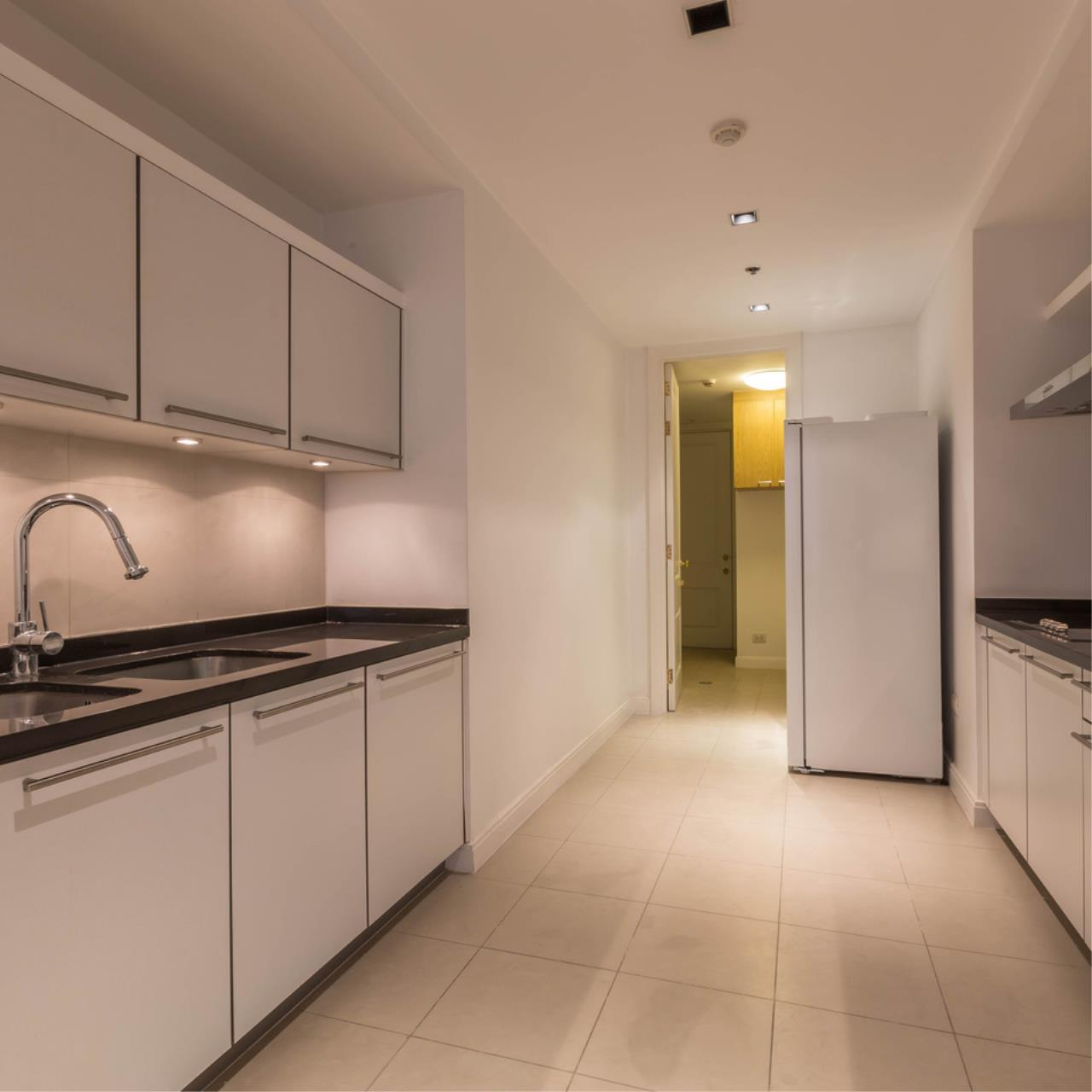 Right Move Thailand Agency's CA5266 For Rent Athenee Residence 125,000 THB 3+1 Bedrooms 178 Sqm 8