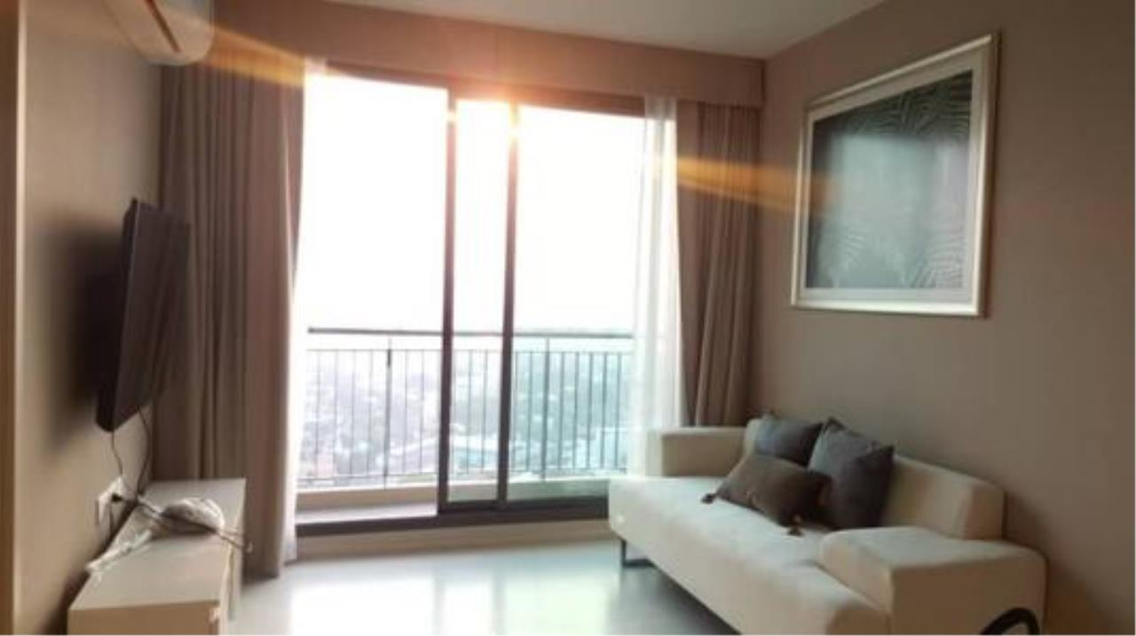 Right Move Thailand Agency's CA5270 Rhythm Sukhumvit 42 For Rent 50,000 THB 1 Bedroom 48 Sqm 2