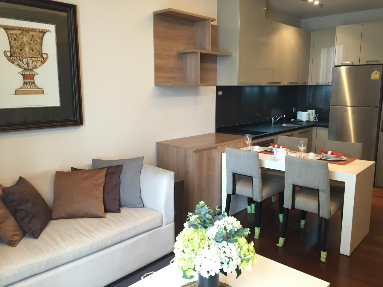Right Move Thailand Agency's CA5349 For Rent Quattro Thonglor 50,000 THB & For Sale 12,500,000 THB 1 Bedroom 52 Sqm 3