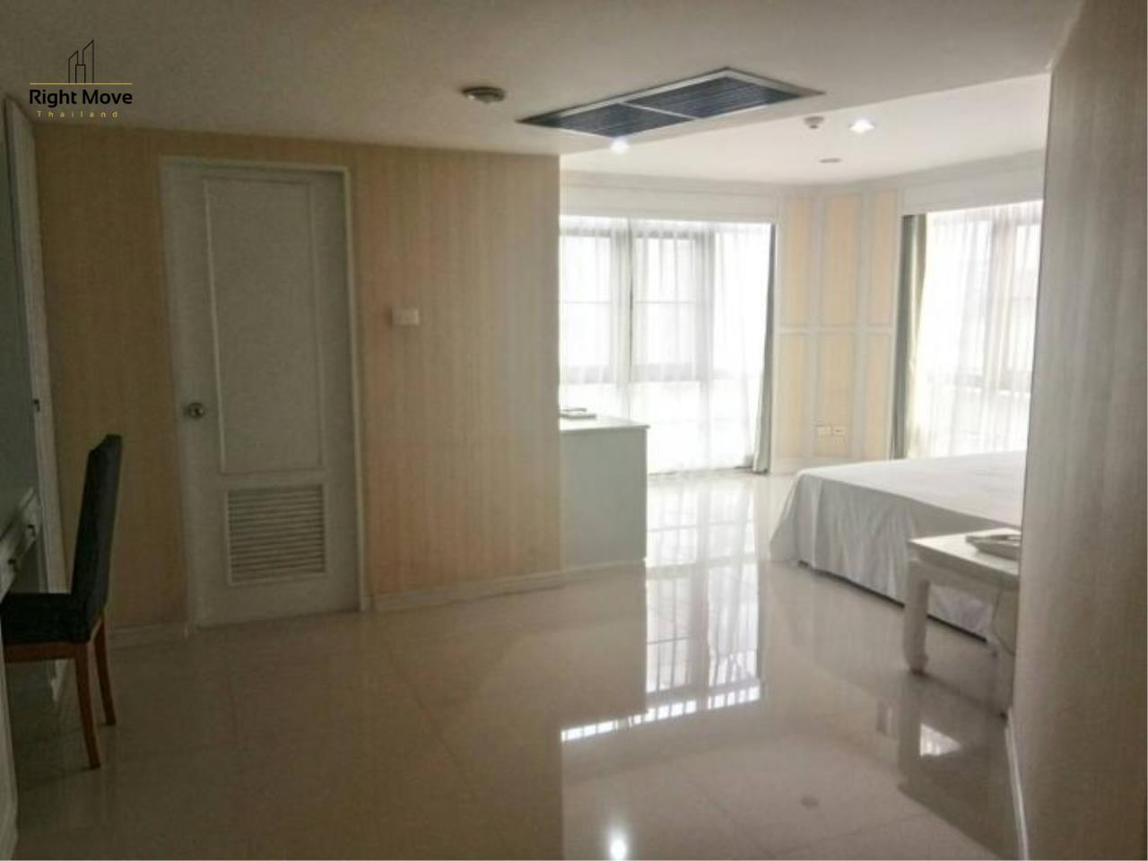 Right Move Thailand Agency's CA5639 Waterford Park For Rent 42,000 THB 2 Bedrooms 147.4 Sqm 7