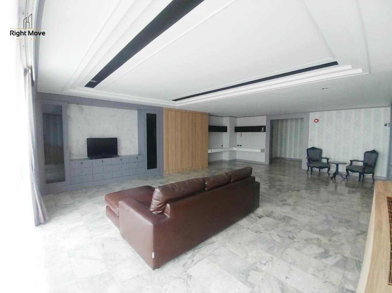 Right Move Thailand Agency's CA5888 D.S. Tower I for rent 100,000THB - 3 bedrooms - 202 sqm. 3