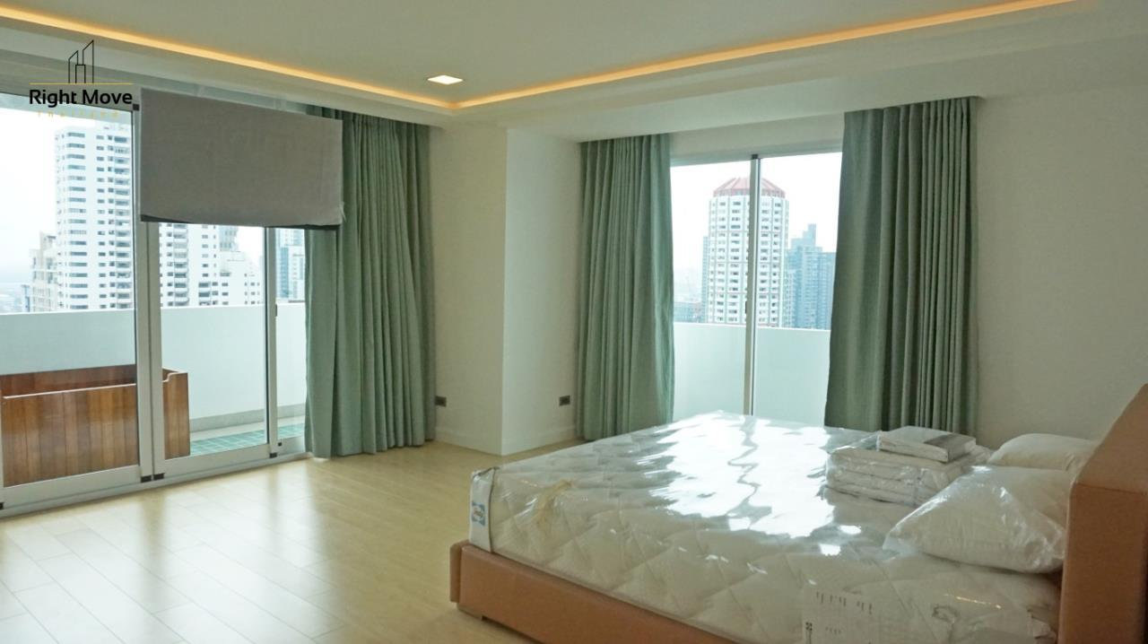 Right Move Thailand Agency's CA5892  Regent On The Park II For Rent 120,000 THB For Sale 33,000,000 THB - 3 Bedrooms - 265 Sqm  13