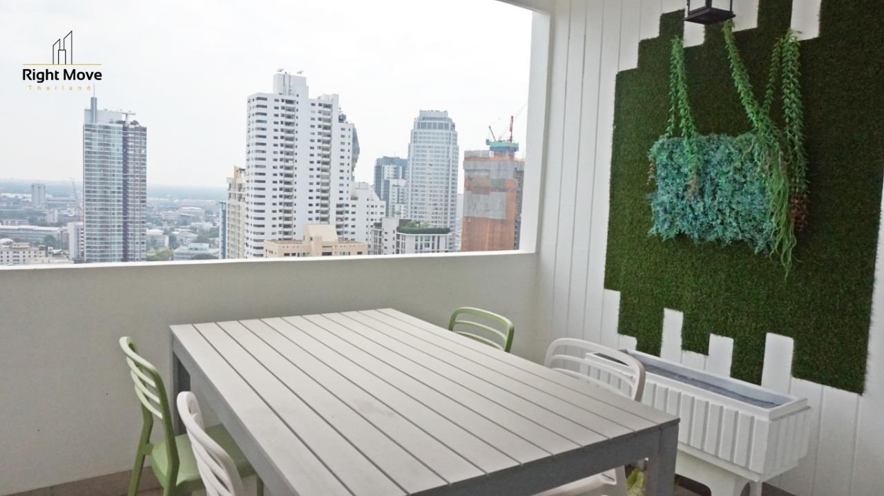 Right Move Thailand Agency's CA5892  Regent On The Park II For Rent 120,000 THB For Sale 33,000,000 THB - 3 Bedrooms - 265 Sqm  5