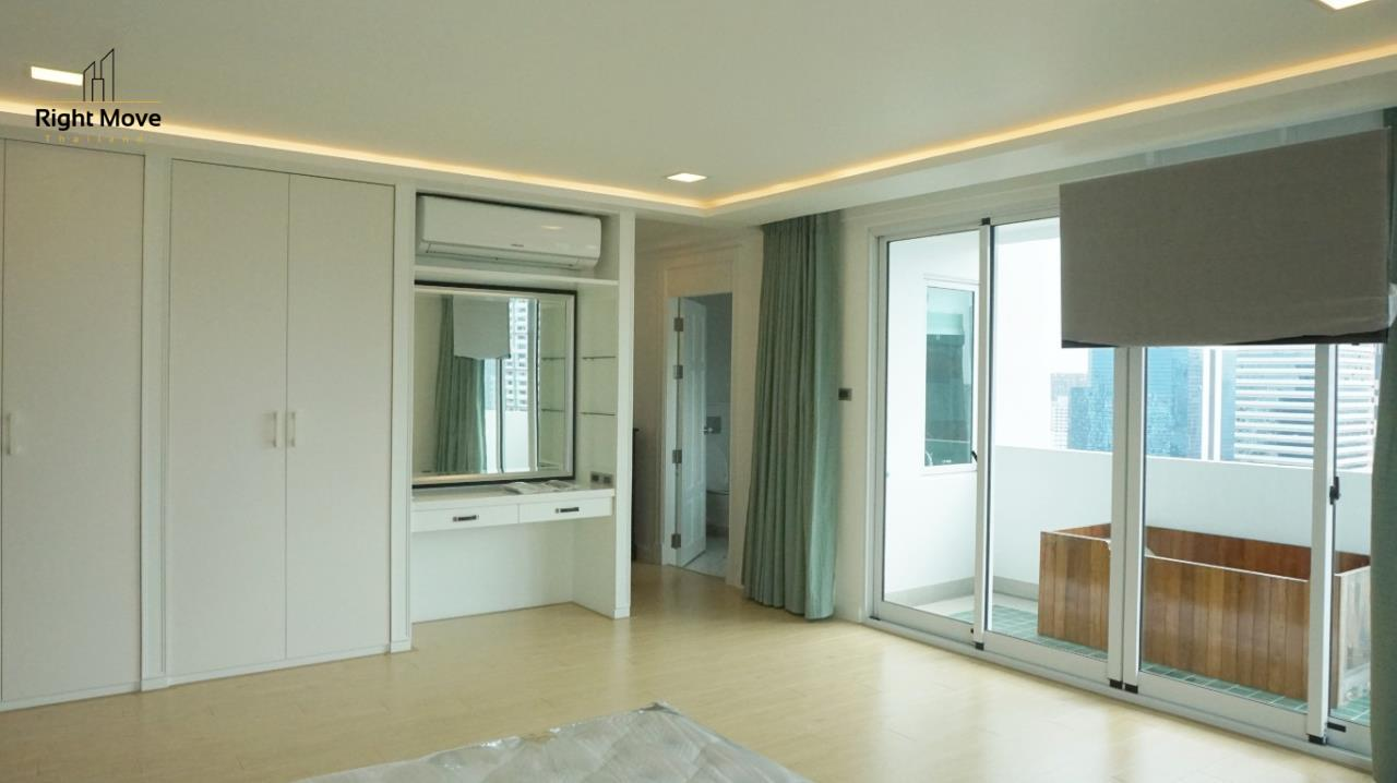 Right Move Thailand Agency's CA5892  Regent On The Park II For Rent 120,000 THB For Sale 33,000,000 THB - 3 Bedrooms - 265 Sqm  15