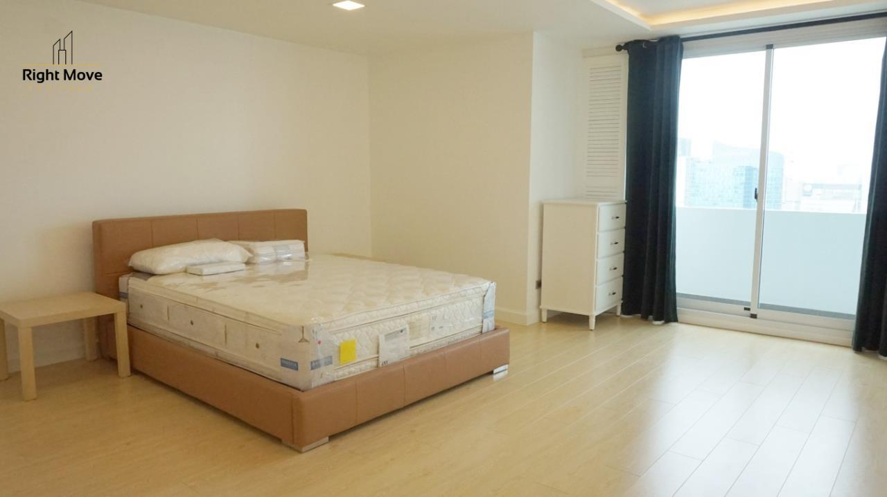 Right Move Thailand Agency's CA5892  Regent On The Park II For Rent 120,000 THB For Sale 33,000,000 THB - 3 Bedrooms - 265 Sqm  18