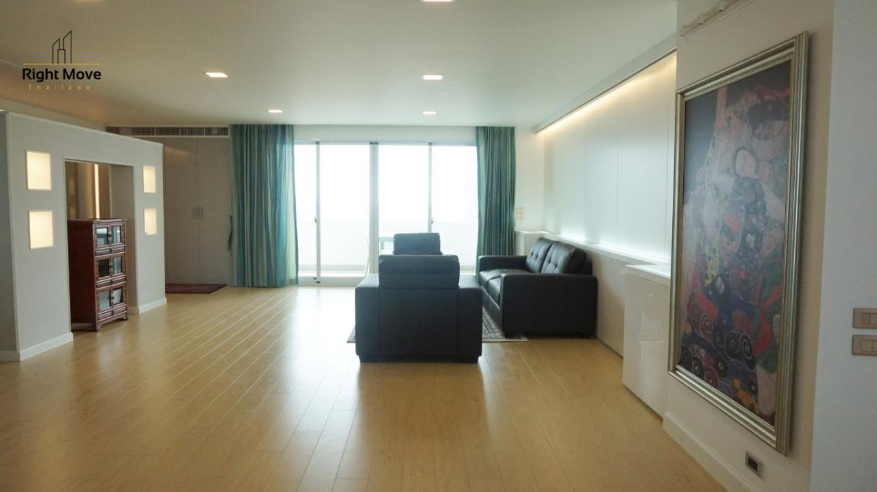 Right Move Thailand Agency's CA5892  Regent On The Park II For Rent 120,000 THB For Sale 33,000,000 THB - 3 Bedrooms - 265 Sqm  7
