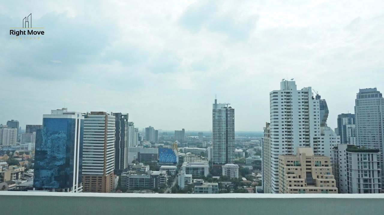 Right Move Thailand Agency's CA5892  Regent On The Park II For Rent 120,000 THB For Sale 33,000,000 THB - 3 Bedrooms - 265 Sqm  8