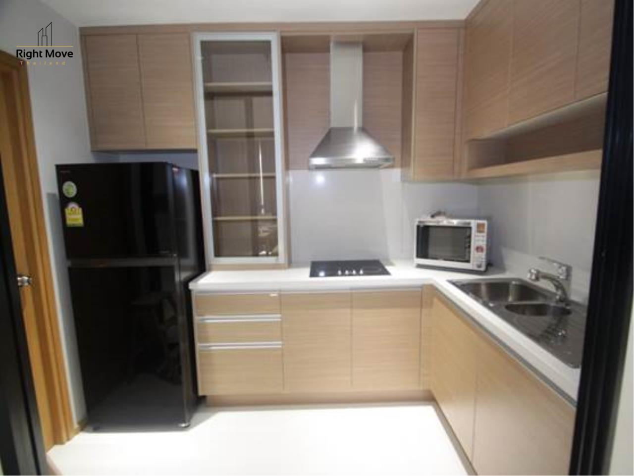 Right Move Thailand Agency's CA6243 The Emporio Place for rent - 75,000THB - 2 Bedrooms - 102 sqm. 8