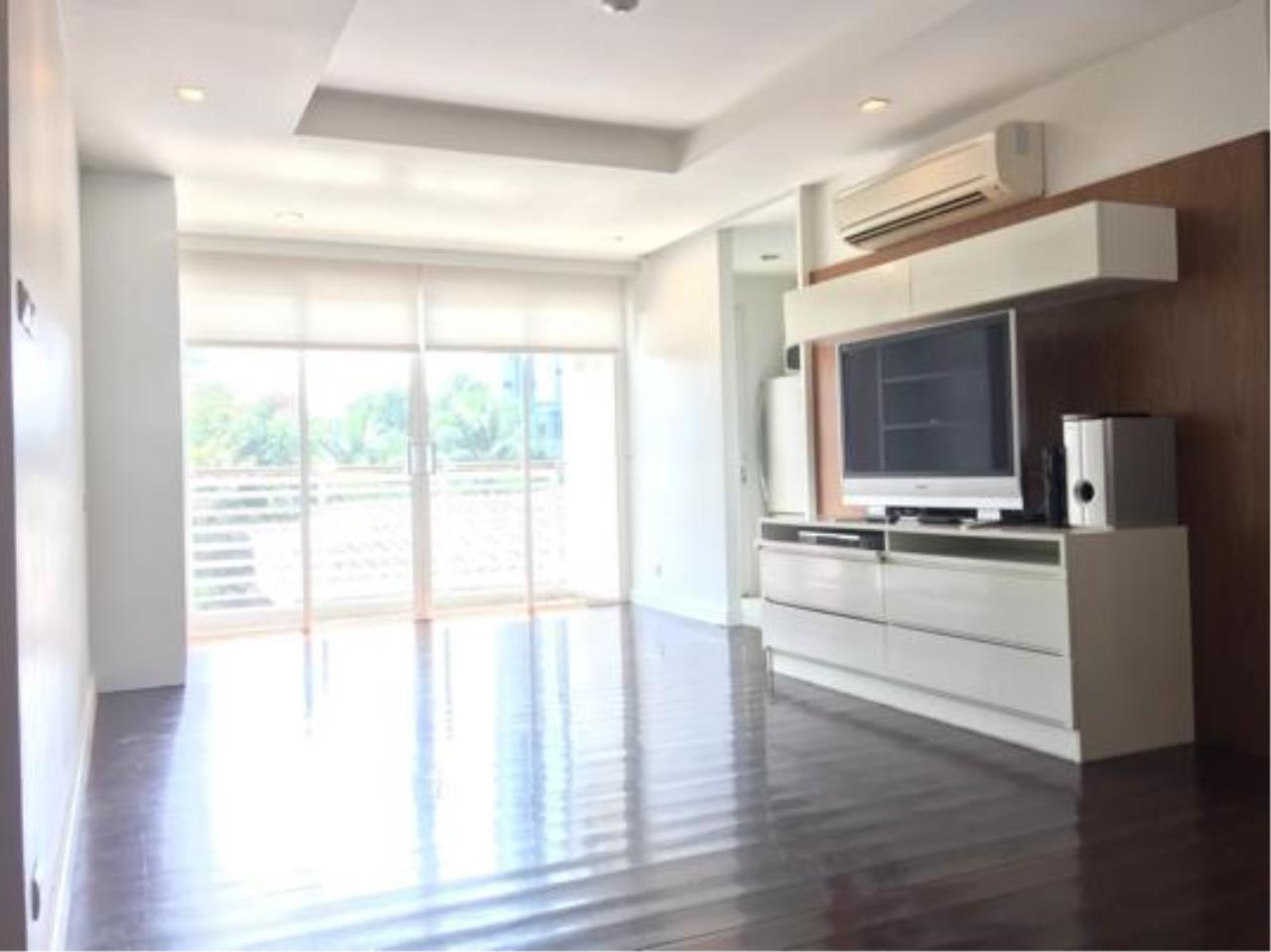 Right Move Thailand Agency's CA637 Avenue 61 For Rent 50,000 THB 2 Bedrooms 107 Sqm 2
