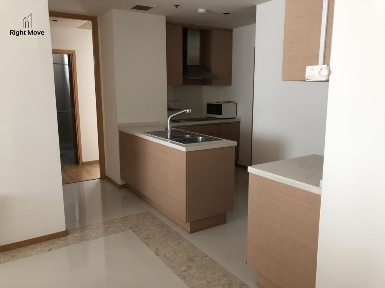 Right Move Thailand Agency's CA6617 Emprice Place For Rent 55,000 THB 2 Bedrooms 100 Sqm  7