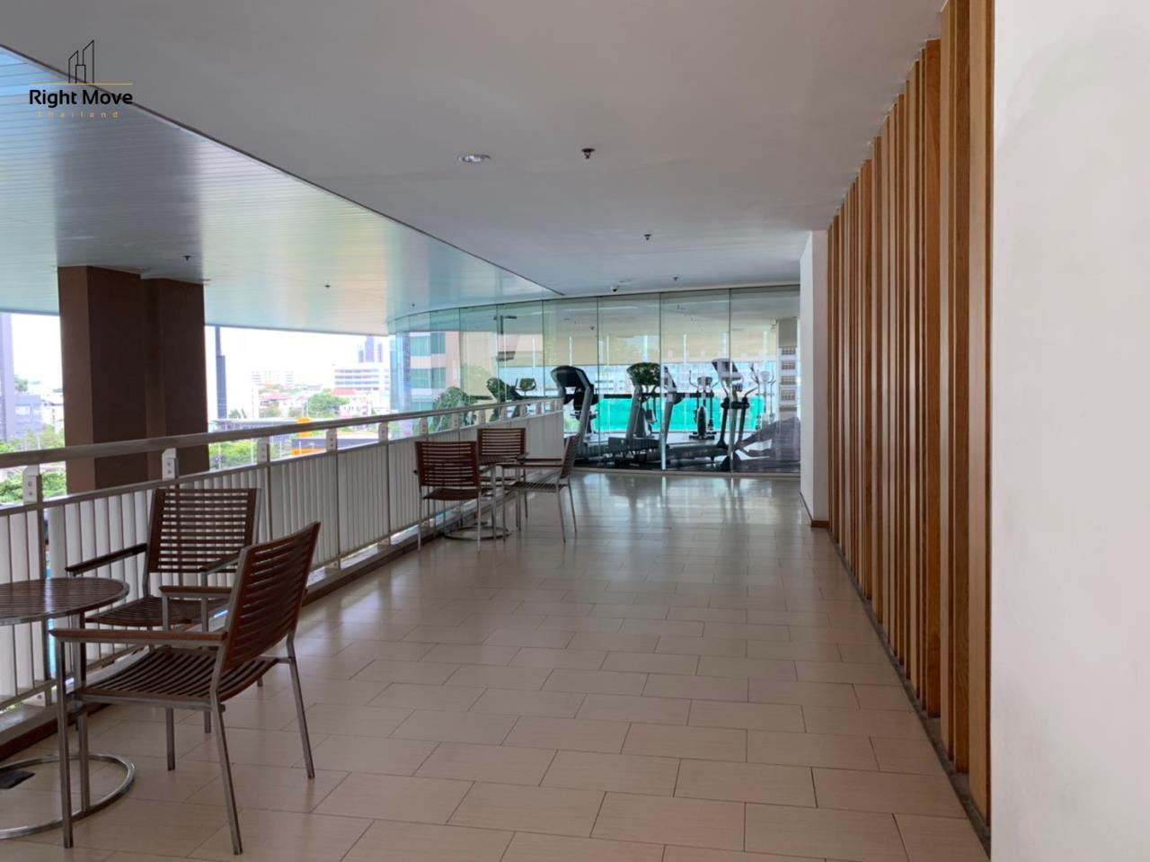 Right Move Thailand Agency's CA6617 Emprice Place For Rent 55,000 THB 2 Bedrooms 100 Sqm  28